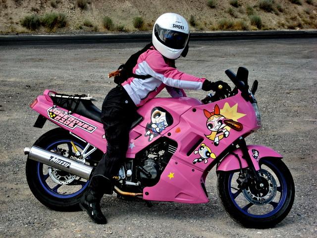 画像: 好きなキャラクターを前面に出しちゃうのも、アリだと思います。ちゃんとジャケットと合わせてますね! www.southbayriders.com