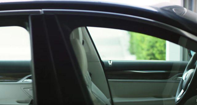 画像: あれ??あれ???あれー???誰も運転してない?? www.youtube.com