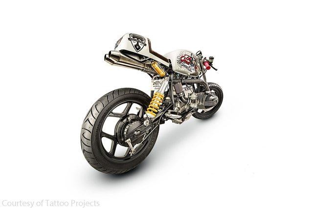 画像: こちらもヤバヤバ・・・・エド・ハーディを彷彿させるカラーリングもクール www.motorcycle-usa.com