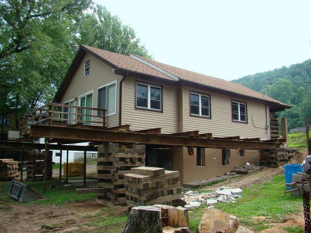 画像: Wolfe House & Building Movers - House Moving Professionals