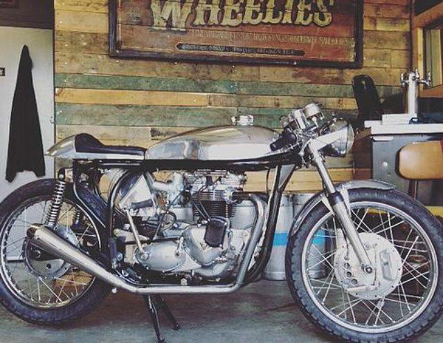 画像: 1968 Triton Frame: Modified 68 Norton featherbed Engine: Triumph unit, 750 aerco big bore, megacycle cams www.wheeliesmotorcycles.ca