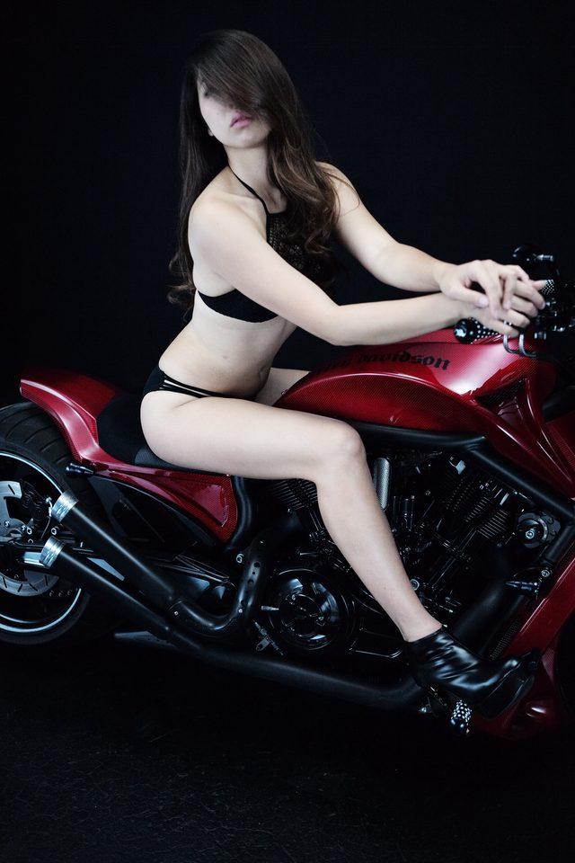 画像5: 【特別グラビア企画】美女と野獣あるいはカスタムハーレー 015 by LAWRENCE x BADLAND