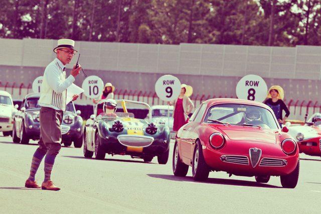 画像: 4輪の開催クラスは、クラシックカー対象の3クラス(エバーグリーン・カップ、ティントイ・カップ、RACメモリアルラン)、ベテラン及びビンテージ対象のブルックランズ・トロフィー、そしてフォーミュラカー対象のヒストリック・フォーミュラ・カップ・・・となります。 ecossecars.jp