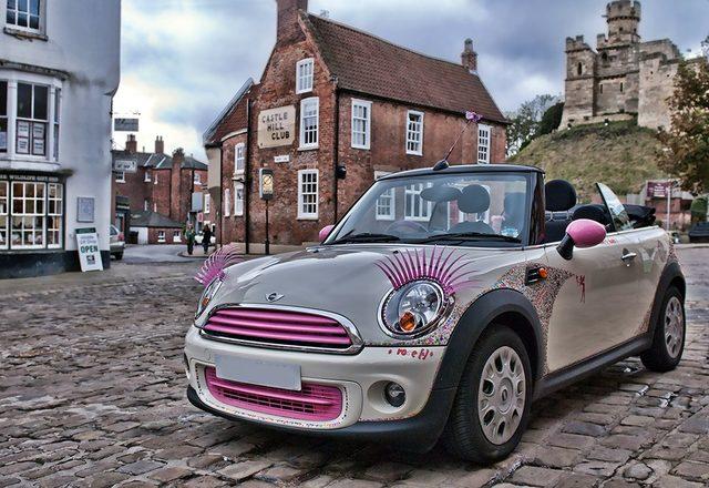 画像: www.eyelashesforcars.info