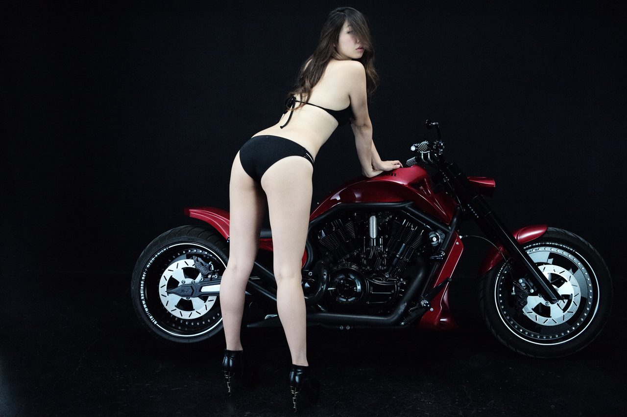 画像3: 【特別グラビア企画】美女と野獣あるいはカスタムハーレー 020 by LAWRENCE x BADLAND