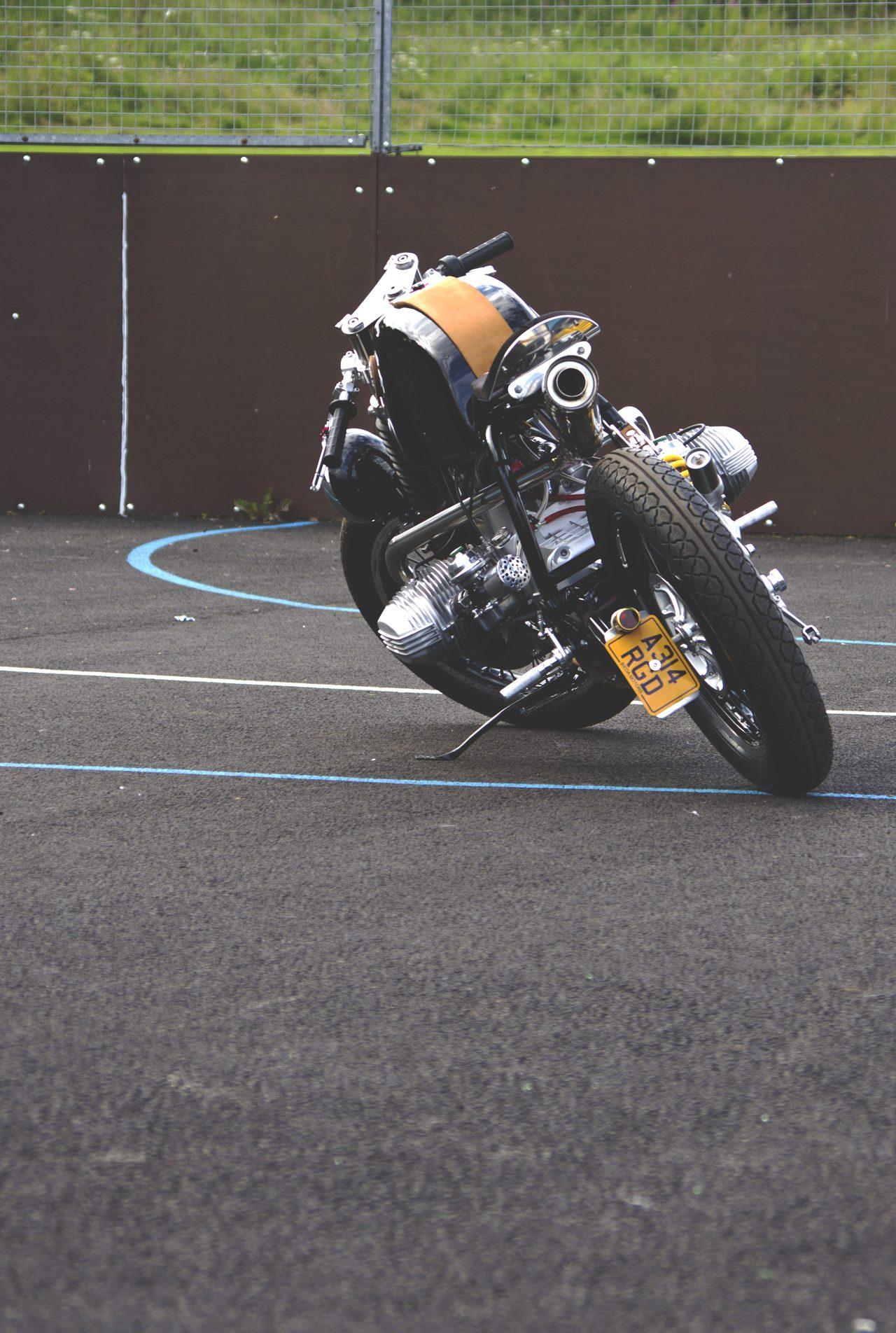 画像: この後ろ姿をいつまでも追いたい。 bieda75motors.com