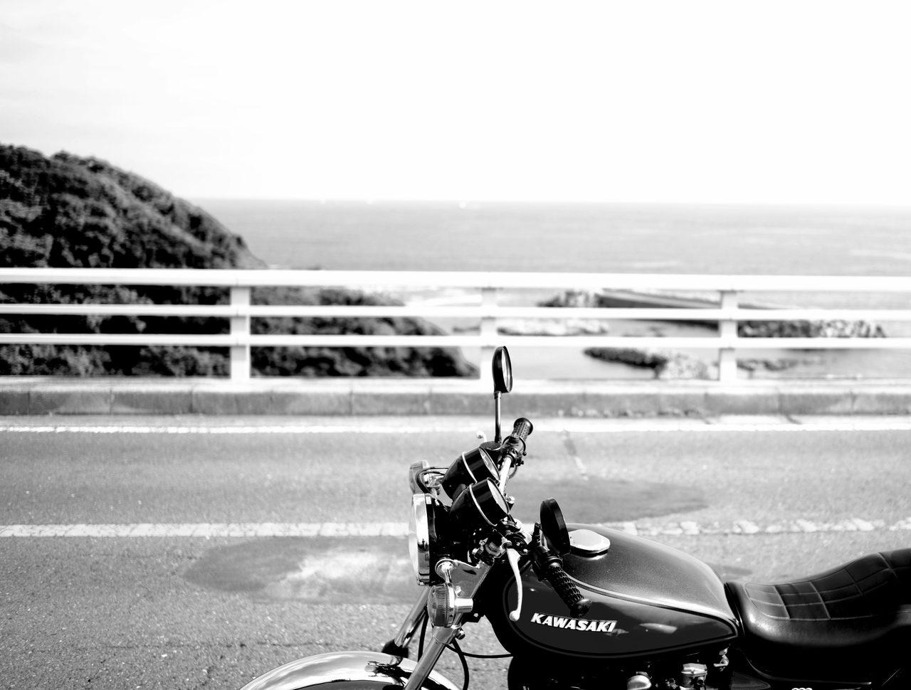 画像: おれのカワサキ、あなたのカワサキ、と、登場人物たちがオートバイをメーカー名で呼ぶのも本作の特徴。