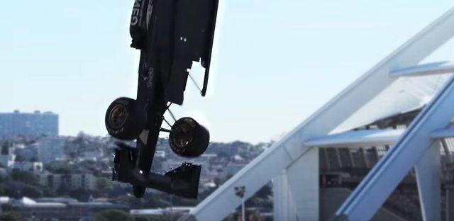 画像: 【動画】F1マシンごとバンジージャンプ!?? - LAWRENCE - Motorcycle x Cars + α = Your Life.