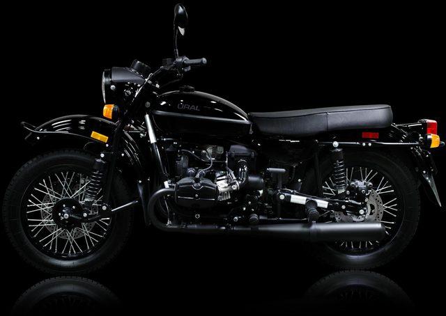 画像: この黒。黒。黒。 imz-ural.com