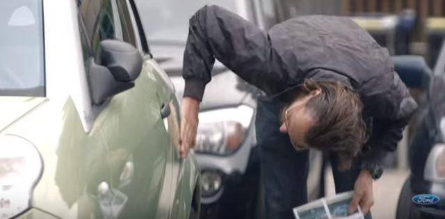 画像12: フォードのCM。お相撲さんむちゃぶりしすぎ〜〜!