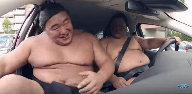 画像10: フォードのCM。お相撲さんむちゃぶりしすぎ〜〜!