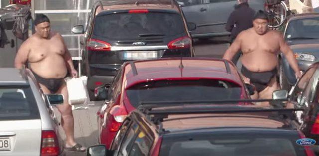 画像3: フォードのCM。お相撲さんむちゃぶりしすぎ〜〜!