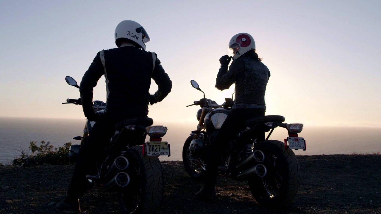 画像: Head-Up Display Helmet www.youtube.com