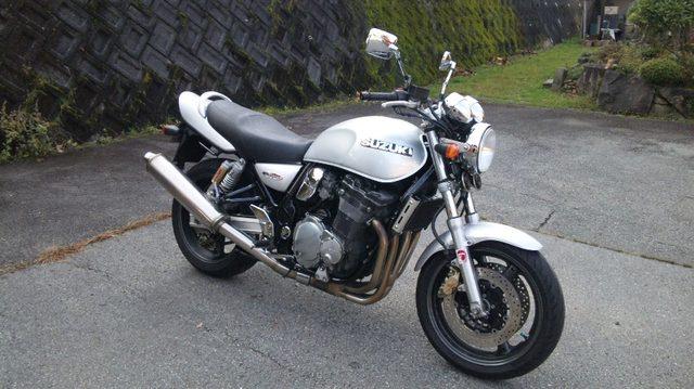 画像: Inazuma1200 V719型 1156cm3 4ストローク 油冷DOHC4バルブ並列4気筒