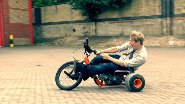 画像: Motorised Drift Trike = FUN youtu.be