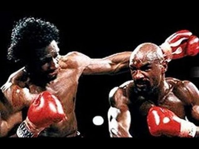 "画像: Marvelous Marvin Hagler vs The Hitman Thomas Hearns ""The War"" Full Fight 15 April 1985 [HD] www.youtube.com"