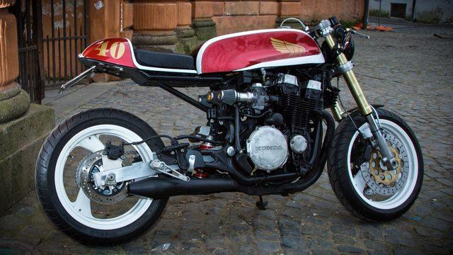 画像: Honda CBX750 F1 Cafe Racer by Puzzle Garage www.youtube.com
