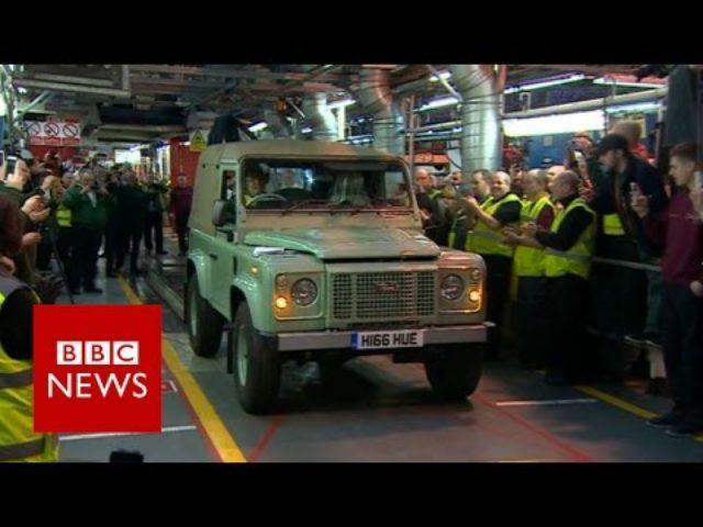 画像: Land Rover: Last of the great Defenders - BBC News youtu.be