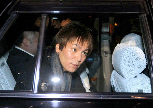 画像: 狩野英孝 二股疑惑を否定、番組で加藤との交際認めるもなぜか報道陣には明言せず(デイリースポーツ) - Yahoo!ニュース
