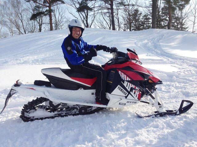 画像6: 雪上バイクのような印象を持っていたスノーモビルの異次元の走りに大興奮[樹林ツアー編]