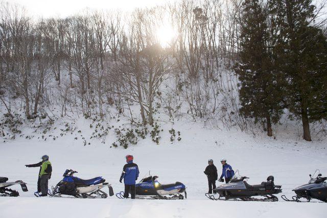 画像7: 雪上バイクのような印象を持っていたスノーモビルの異次元の走りに大興奮[樹林ツアー編]