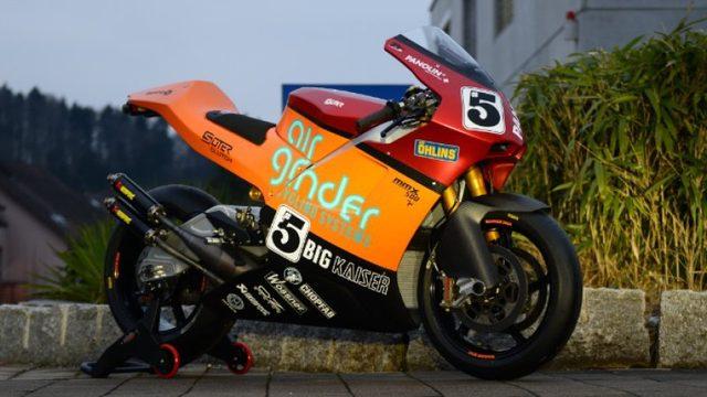 画像: 2ストロークでのマン島TTチャレンジ、起用ライダーはイアン・ロッカーでした!! - LAWRENCE - Motorcycle x Cars + α = Your Life.