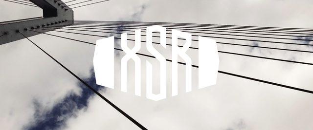 画像: 曇り空に描かれた「XSR」のロゴ・・・。 vimeo.com