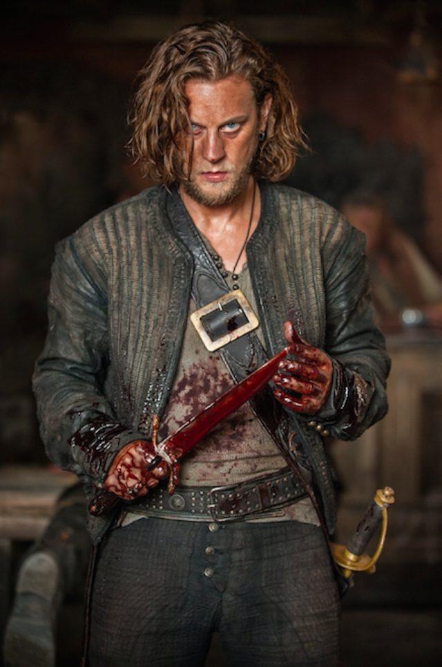 画像: シーズン2の予告編公開!新たな海賊ネッド・ロウ船長の登場で更に欲望を剥き出すバトルが繰り広げられる!