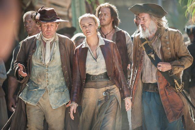 画像2: HuluとdTVが初タッグ!日本初上陸のドラマを2社共同独占配信エミー賞®2冠の海外ドラマ「Black Sails/ブラック・セイルズ」大人気の海賊 ネッド・ロウ船長もついに登場!