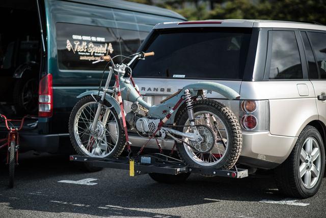 画像: 昨年度のトロフィー・ウィニング・バイクの1台、小野令夫さん作のホンダ・スーパーカブ。本格的なトライアルマシンにモディファイされています! cdn.deuscustoms.com