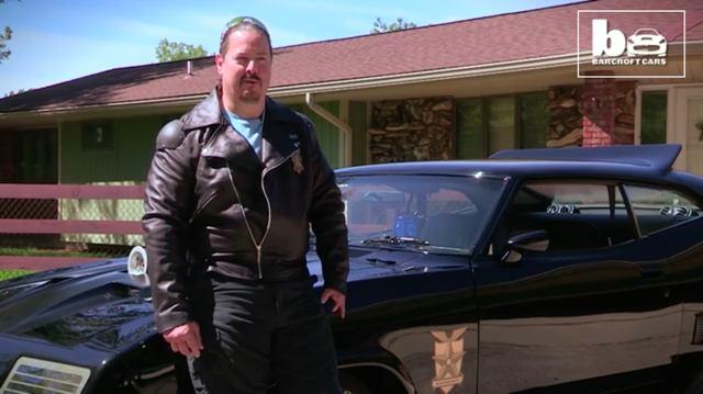 画像: こちらがオーナーのデールさん。本人は当時のメル・ギブソンの忠実なレプリカ・・・ではなく、ちょっと肉付きがよいカンジです? www.youtube.com
