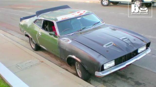 画像: ちなみにベース車はこんなカンジ・・・。そういえばオーストラリアなので右ハンドルなんですね。 www.youtube.com