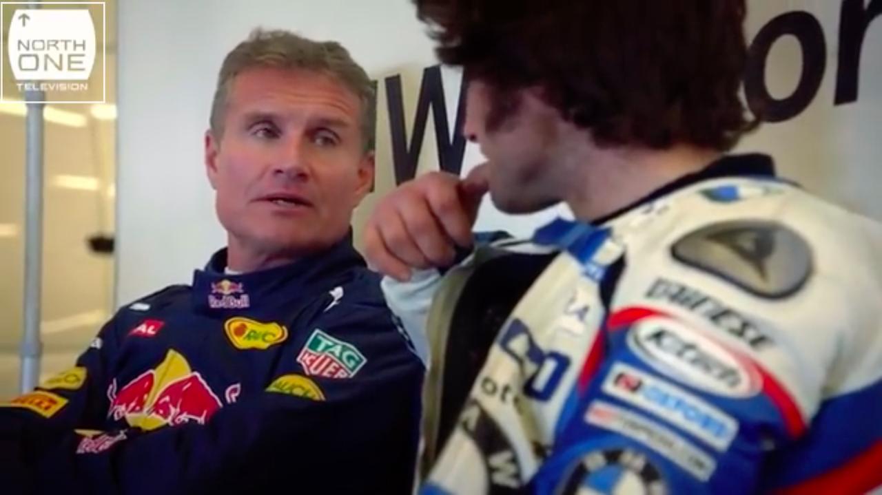 画像: ウィリアムズ、マクラーレン、レッドブルで活躍した元F1ドライバー、D.クルサード。通算13勝のキャリアを誇ります。ちなみにふたりは、この企画が初対面とのことです。 www.youtube.com
