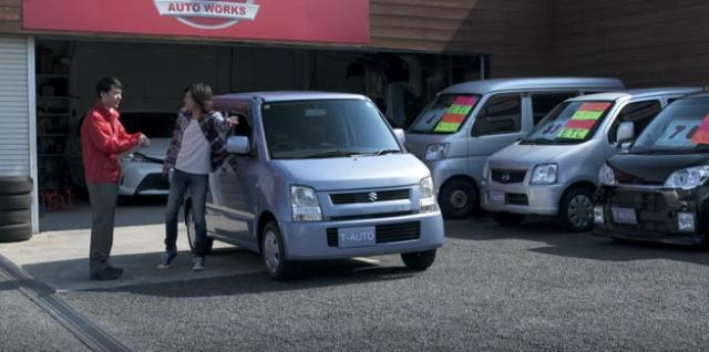 画像1: 【動画】中古販売店でどこまで許される?用心深すぎる男がとった行動がやりすぎ!w