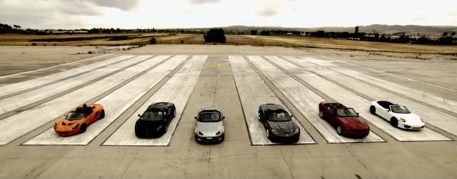 画像1: カリフォルニアに一流スーパーカーが集まりガチ?ドラッグレース開催!果たして一位を獲得するのは!!!?