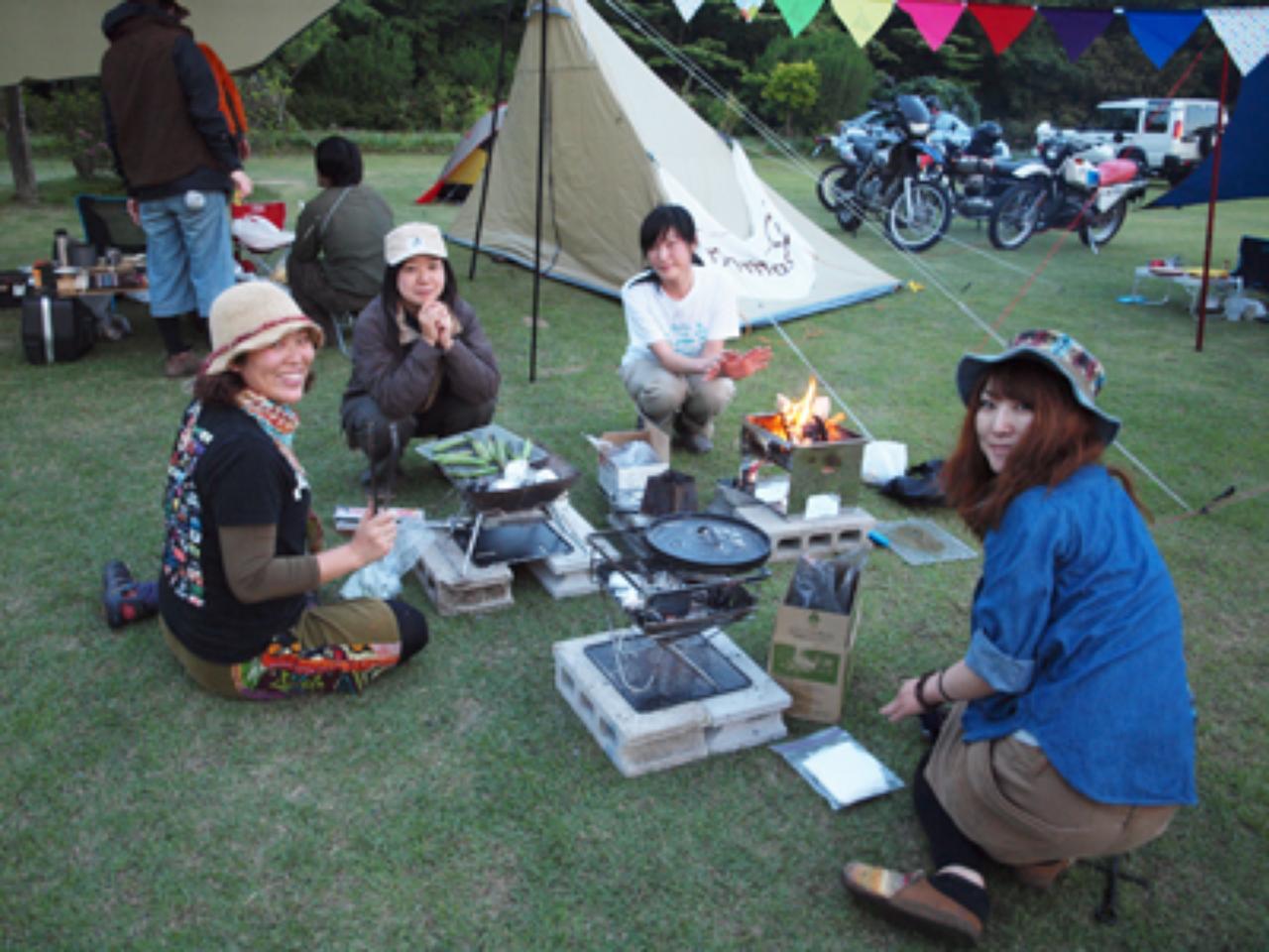 画像: 女性ライダーも安心して参加できます nomadica.me