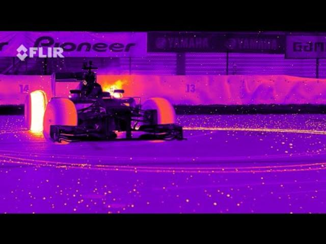 画像: Red Bull Racing's RB8 Tearing it Up in Infrared youtu.be