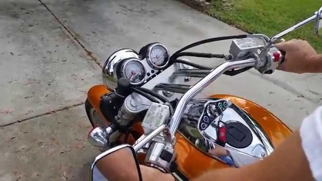 画像: 2002 Kawasaki Vulcan 1500 Mean Streak, Burnt MetallicOrange www.youtube.com