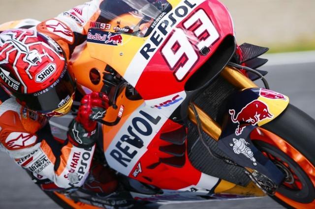 画像: 先日、スペイン・ヘレスのテストで試された、マルク・マルケス車(ホンダRC213V)の6枚羽! ウイングレットの効果について各ライダーの評価は様々ですが、今では多くの参加車両に採用されるようになりました。 media.crash.net