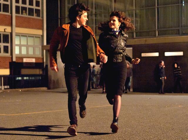 画像1: 映画『シング・ストリート 未来へのうた』青春音楽映画の傑作が遂に日本公開へ!主題歌担当は、マルーン5のアダム・レヴィーン!シネクイント最後の作品、邦題&公開日決定!