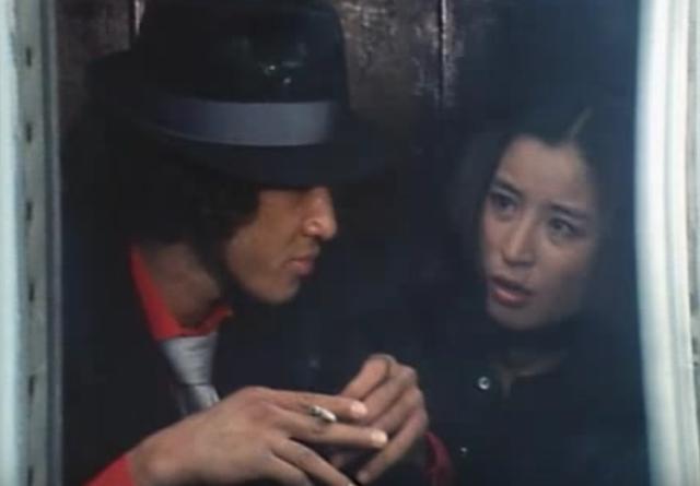 画像: お母さん。あの、べスパに乗ったコミカルな探偵さん、どこいっちゃったんでしょうね。