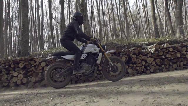 画像: New Yard Built XSR700 by Bunker Custom Motorcycles www.youtube.com