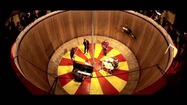 画像: Beady Eye - The Roller youtu.be