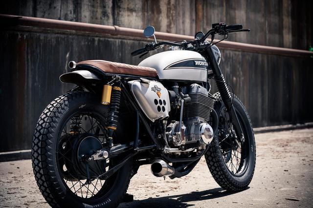 画像: Honda CB750 Custom by Redeemed Cycles www.youtube.com