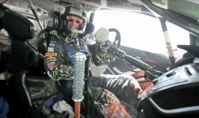 画像: 車内のケン・ブロックはめっちゃ楽しそうです youtu.be