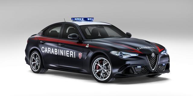 画像: The 503-HP Alfa Romeo Giulia Quadrifoglio Is Italy's Latest Police Car