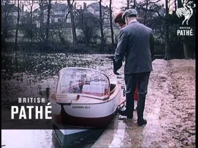 画像: Sidecar Boat (1960) youtu.be