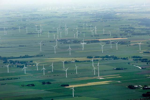 画像: Germany Just Got Almost All of Its Power From Renewable Energy
