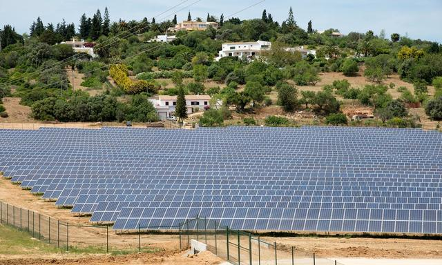 画像: Portugal runs for four days straight on renewable energy alone