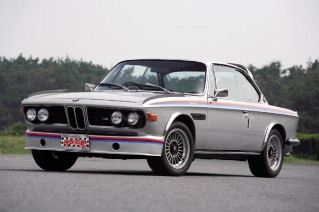 画像: BMW 3.0CSL 全長×車幅×全高:4630×1730×1370mm ホイールベース:2625mm トレッド 前/後:1446mm/1402mm 車輌重量:1270kg 直列6気筒 OHC フロントエンジン 総排気量:3003㏄ 最高出力:200PS/5500rpm 最大トルク:27.7kgm/4300rpm 生産年:1971~1975年 生産台数:1265台 生産国:ドイツ ookami-museum.com
